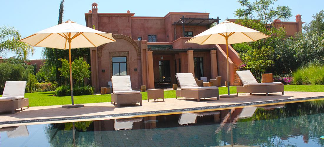 Location villa marrakech avec vue sur golf smt for Villa a marrakech avec piscine